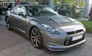 日産 GT-Rが170㎞/hで電柱に衝突!するも運転手は無事…GT-Rの安全性能とは?