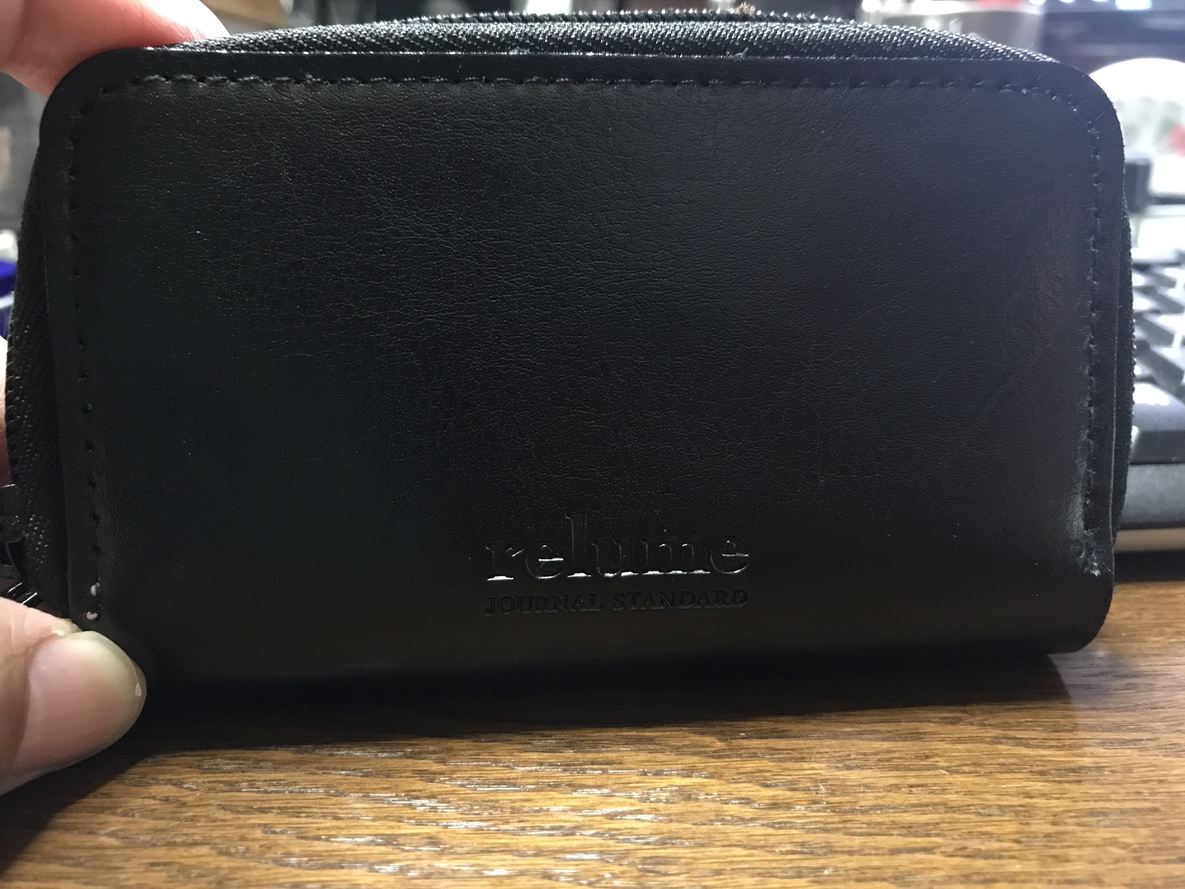 MonoMax10月号の本革財布が良いよ!